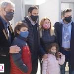 """Menéndez y Ferraresi entregaron las llaves de hogares """"Casa Propia"""" a familias de Merlo: """"La vivienda es un derecho"""""""