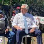 """Alberto Fernández visitó Merlo: """"Mano a mano con los vecinos"""""""