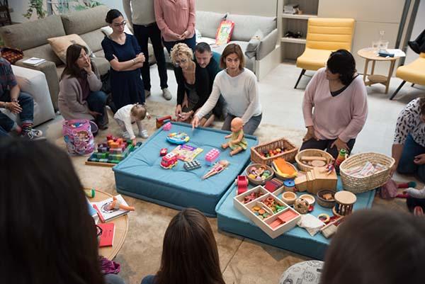 Cómo escoger juguetes y materiales para un juego de calidad