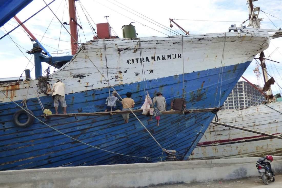 Puerto pesquero Yakarta Indonesia