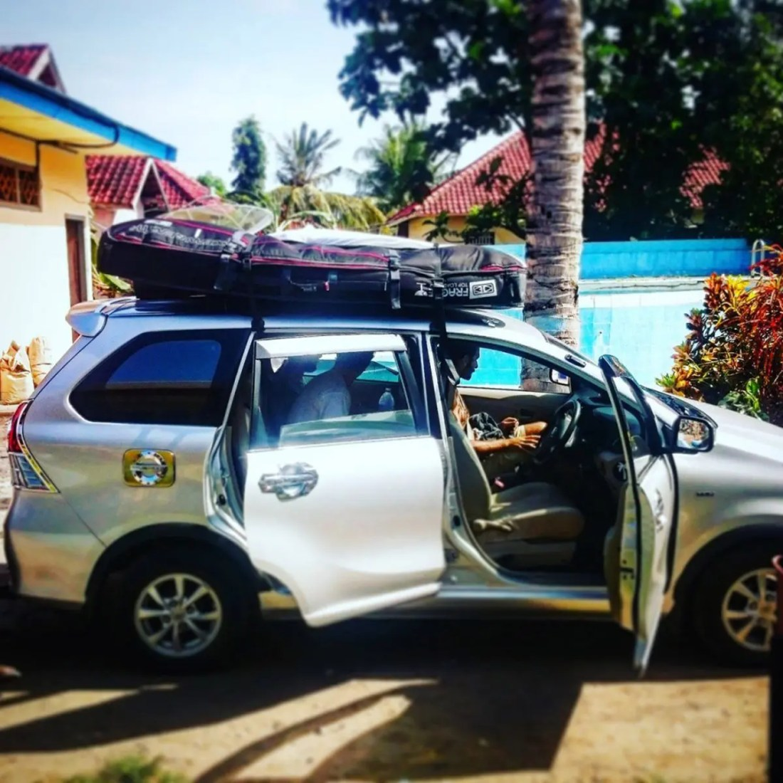 Coche surf Sumbawa, Indonesia, Sudeste Asiático @tiempodexplorar 2016