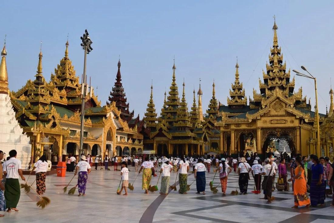 Shwedangon-pagoda-yangon-Myamar