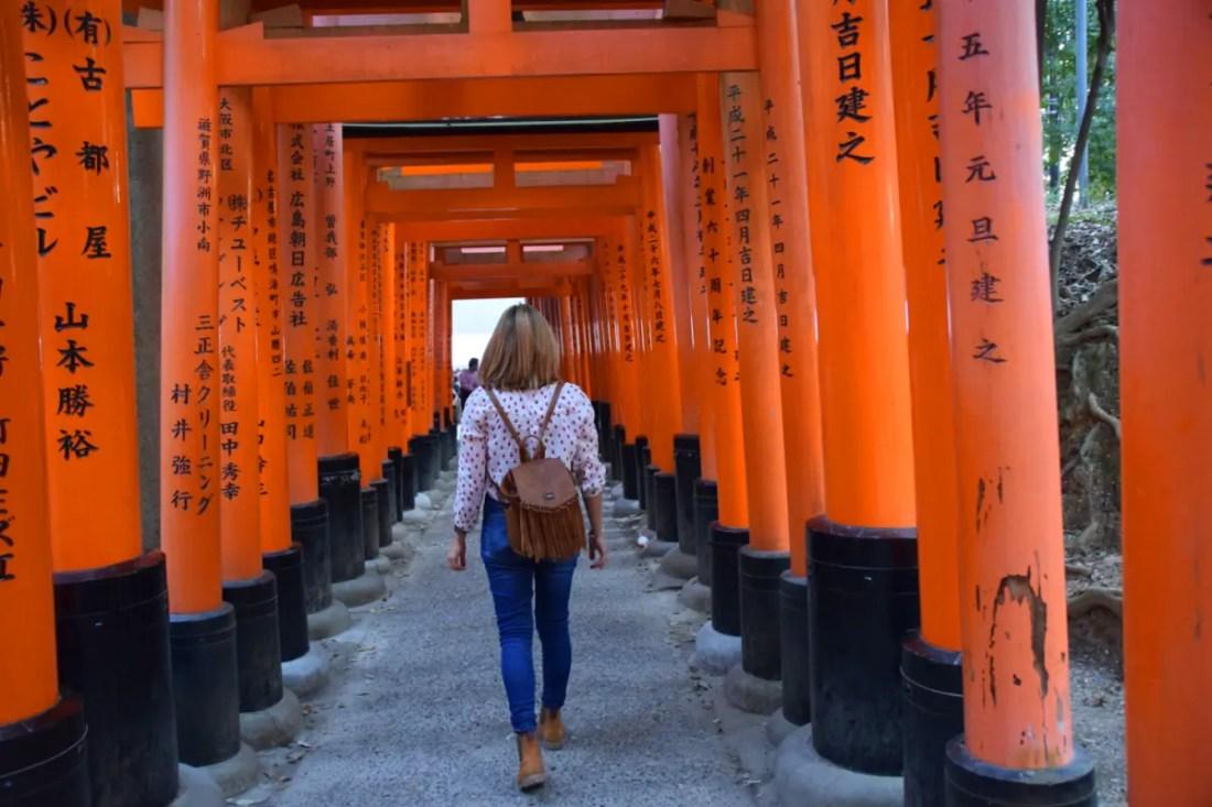 Fushimi Inari, el paseo de los Toris Rojos Japon