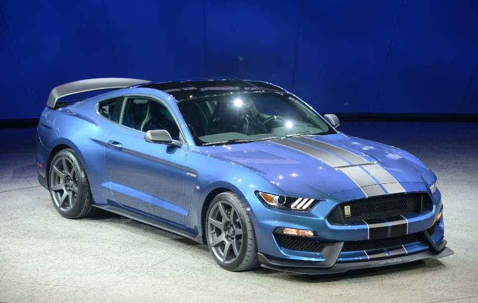 ford_shelby_gt350r_5.jpg