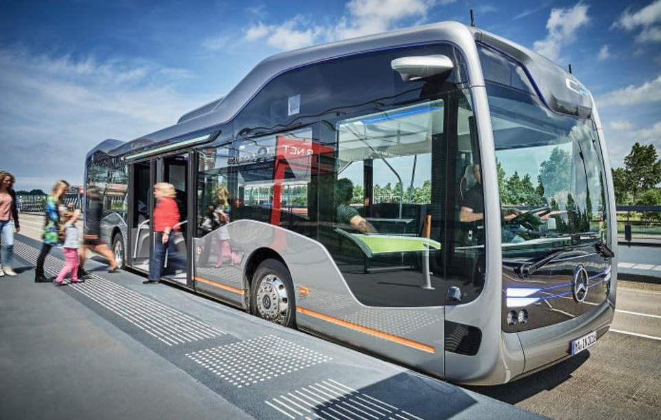 mb_future_bus_2.jpg