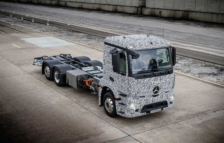 mb_urban_e_truck_2.jpg