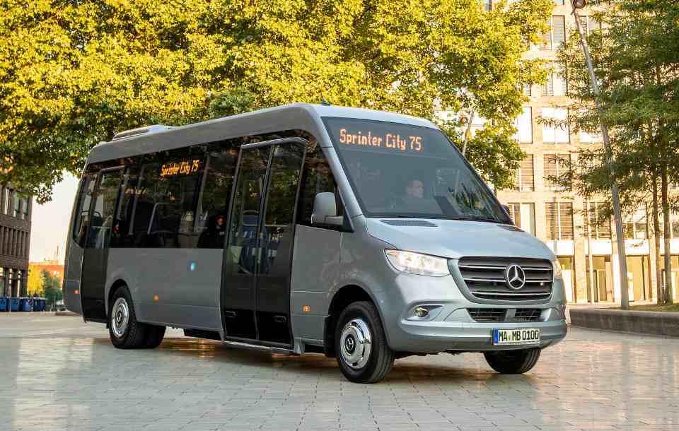 mb_minibuses_1.jpg