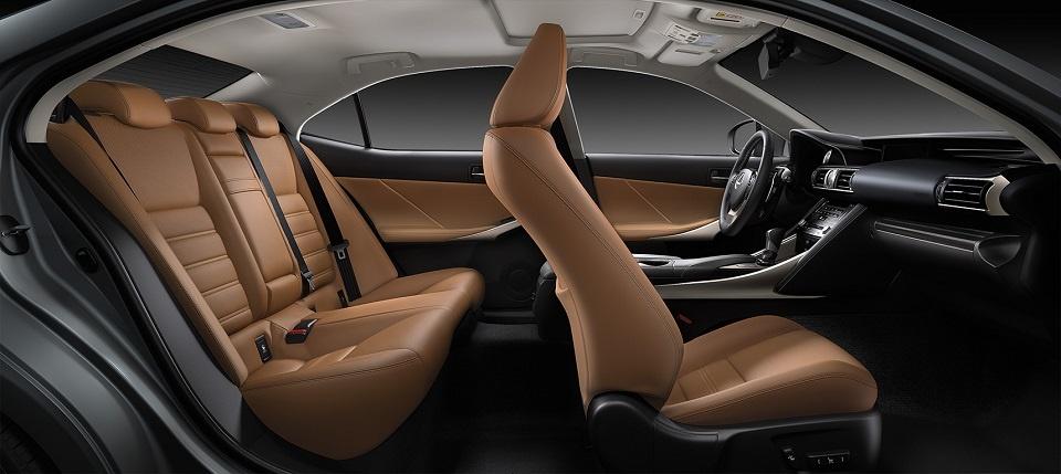 Lexus IS 300 Luxury