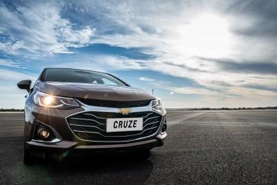 Chevrolet Cruze Premier con Wifi Sedán - exterior 1