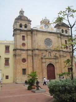 San Pedro Claver, Fachada.