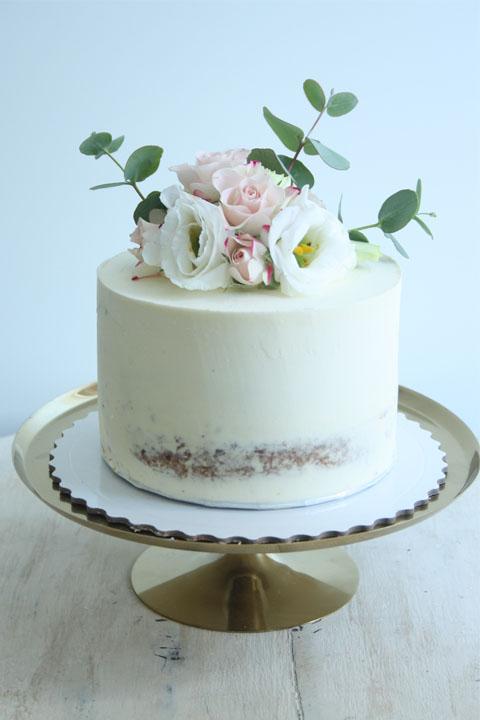 tarta seminaked con flores
