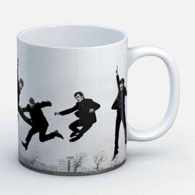 Beatles Inmortales Saltando - Jarro de cerámica personalizado