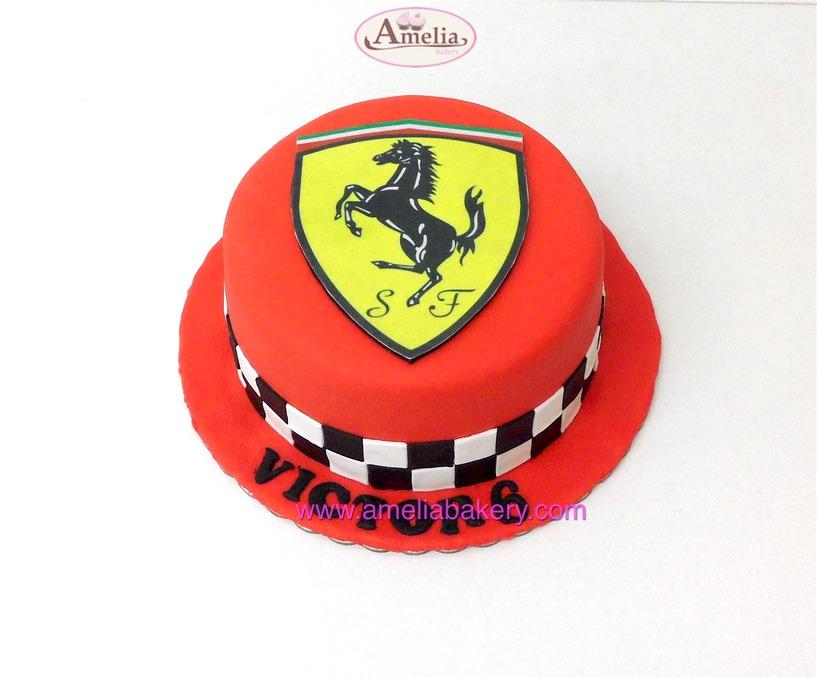Tarta Ferrari Logo fondant en oblea