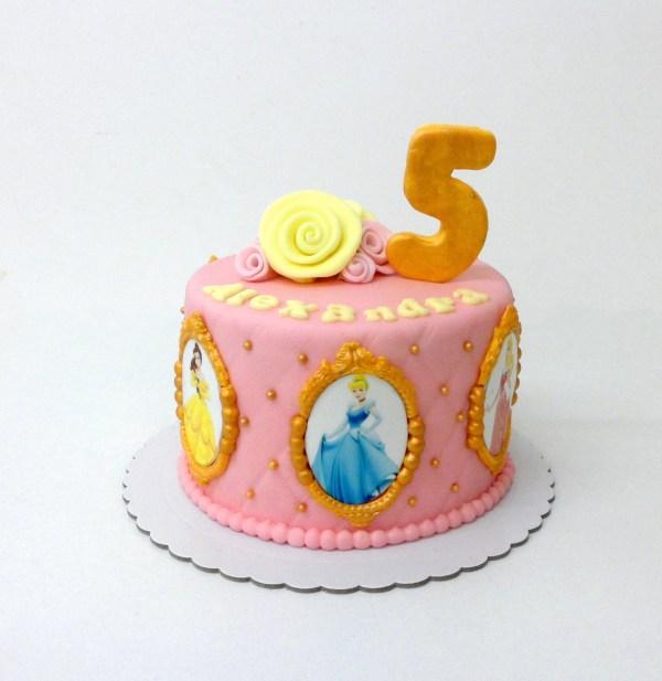 Tarta Fondant Princesas Disney con número y flores 3d