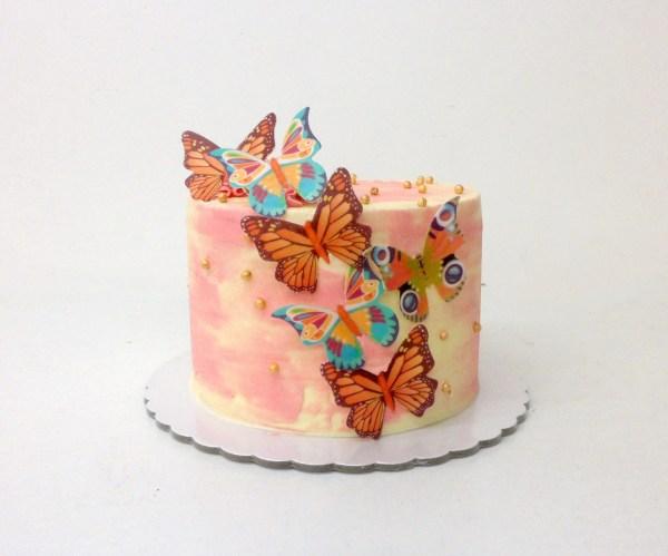 Pastel de Cumpleaños con mariposas (con buttercream / sin fondant)