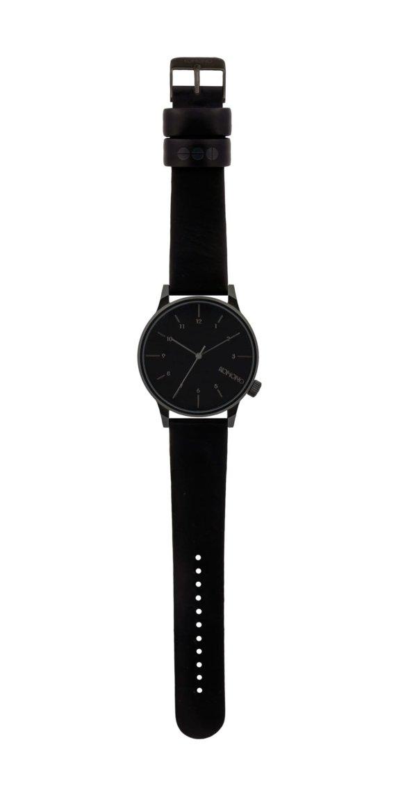 winston-regal-all-black