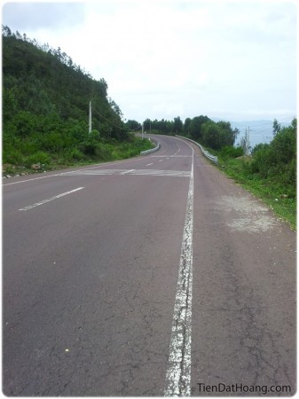 Đường đẹp, phóng tít – Quốc lộ 1D.