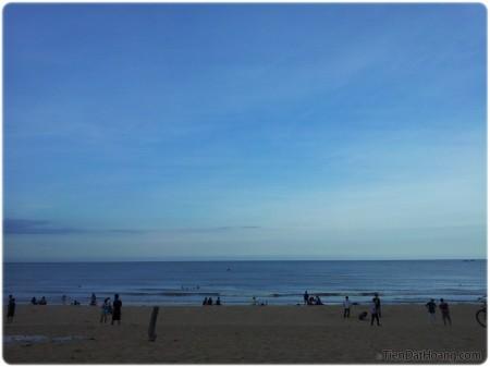Biển chiều Tuy Hòa.