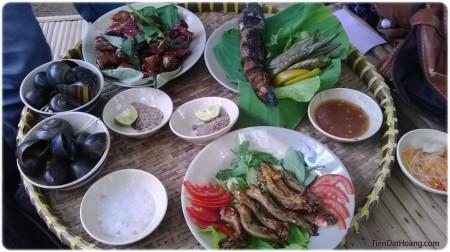 """Bữa ăn đậm chất """"Đồng Tháp""""."""