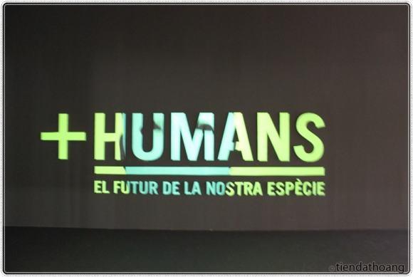Một triển lãm về con người và công nghệ.