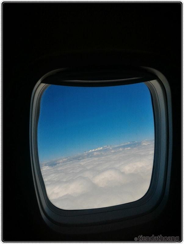 Dãy Alps từ máy bay.