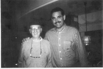 Omar junto a Juan Tamariz