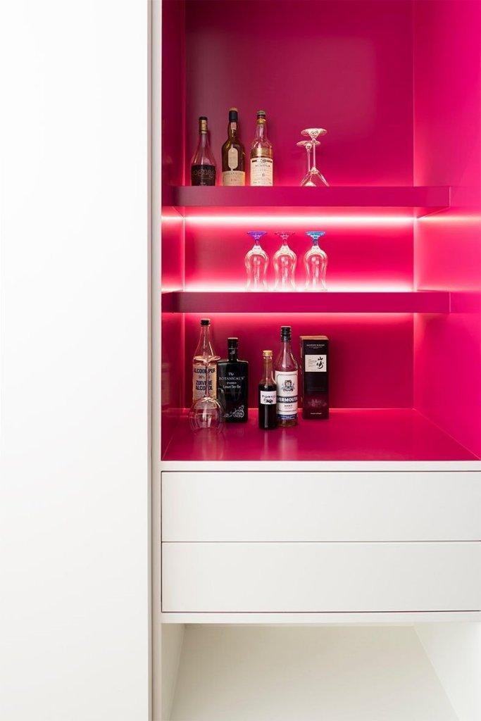 barkast, roze,