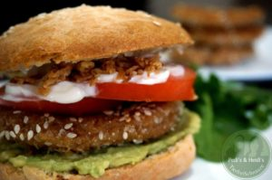 Schnitzel-Patty , schnelles Burgerbrötchen