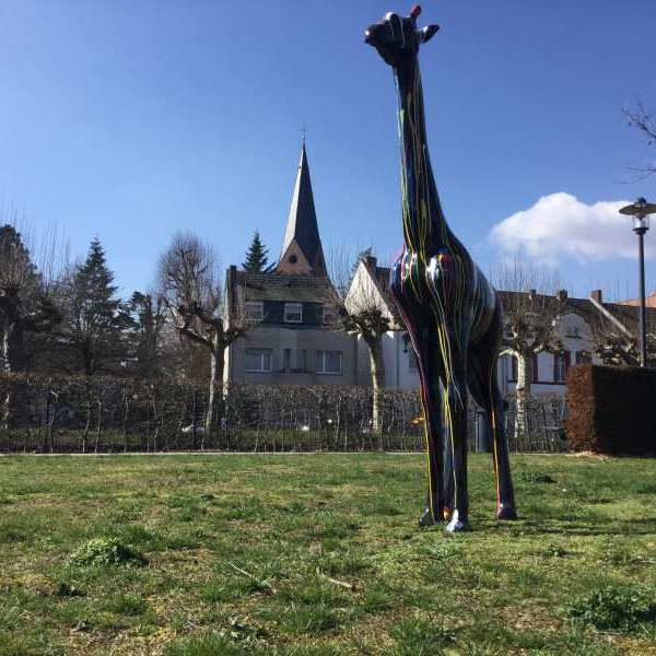 230 cm lange Deko Giraffe in kreativ schwarz