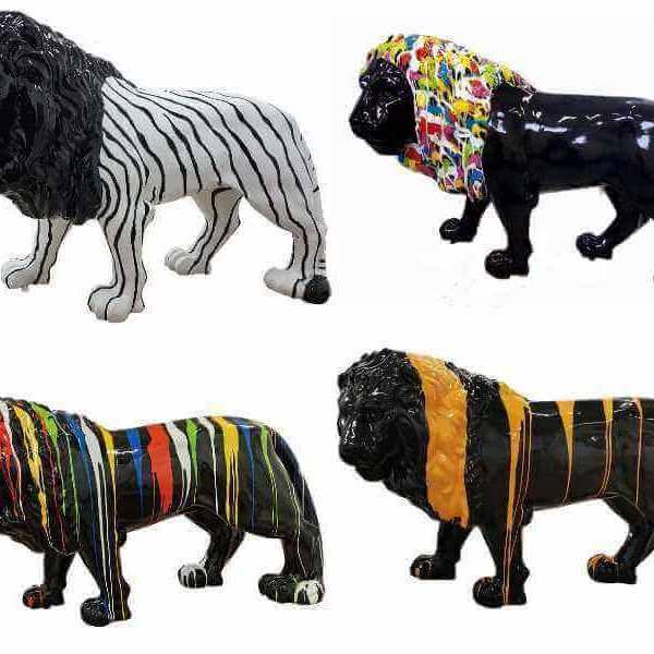 Lebensgrosse Löwen in verschiedenen Designs