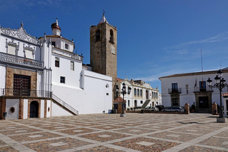 Tijdens je fietstocht door Extremadura kom je door authentieke Pueblos Blancos - witte dorpen