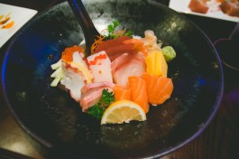 I ordered the chirashi to evaluate the quality of the fish. Delicious chirashi!