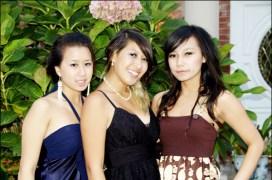 L-R: Viviane, Me, & Vy