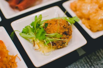 This crab cake was tiny & I didn't want it to end.