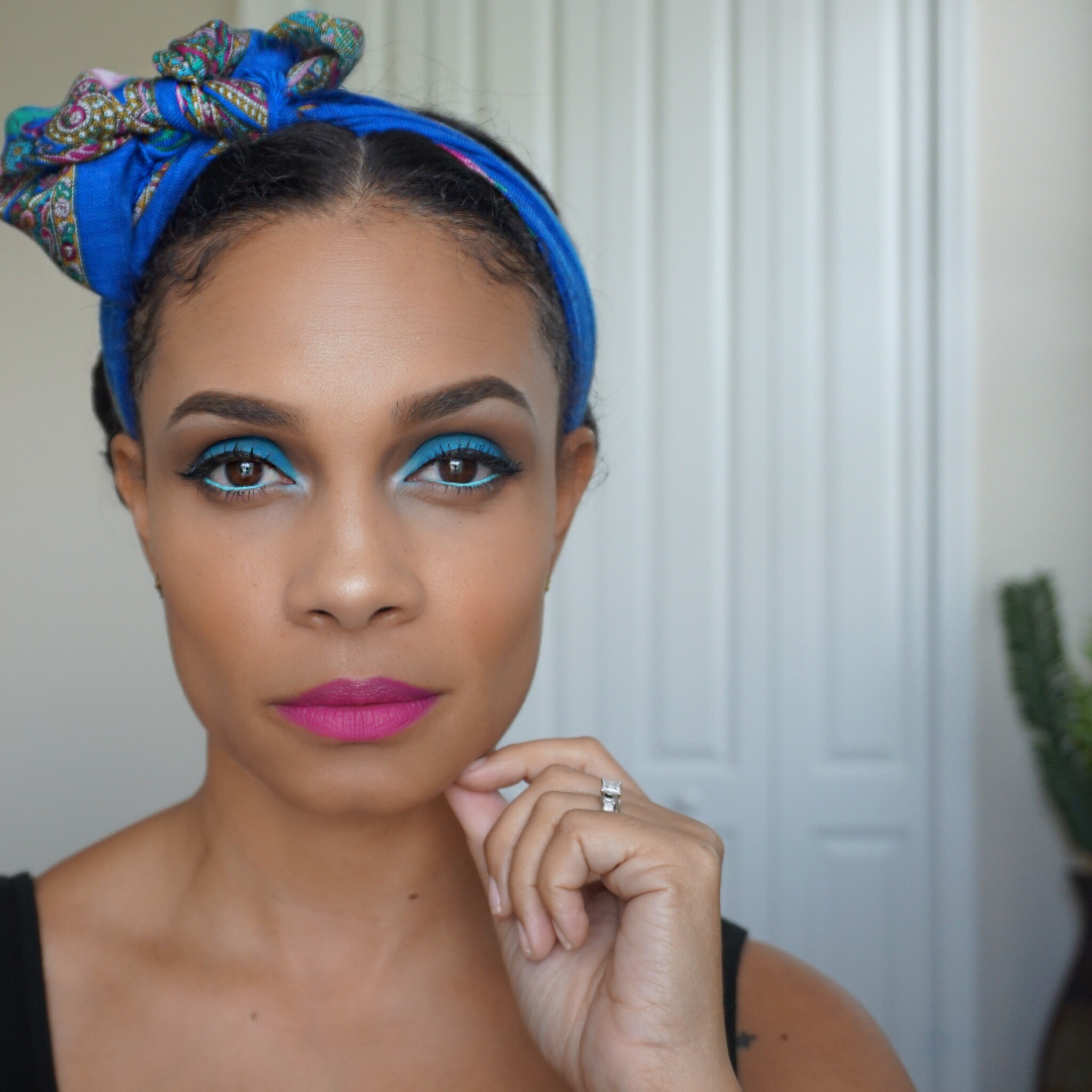 Makeup Tutorial Electric Blue Tiffany Brown