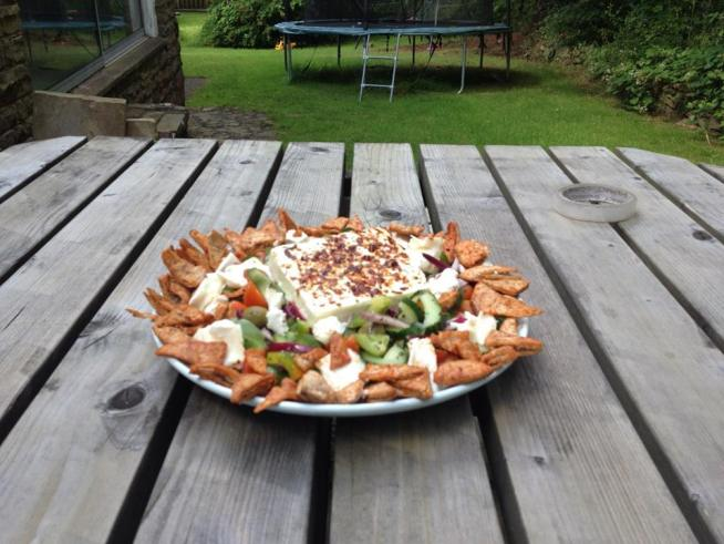 Quick Feta Salad with Paprika Pitta Chips