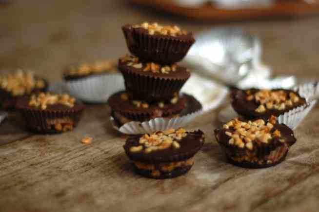 Nutella cheesecake cups - www.tiffinandteaofficial.com