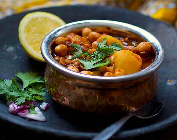 tamarind chickpea curry