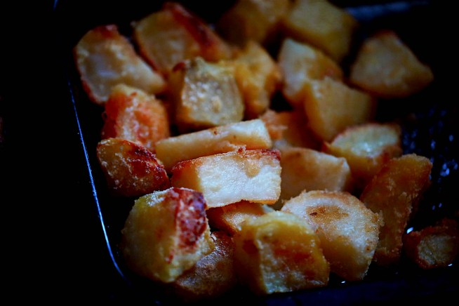 Home made aunt bessie style roast potatoes