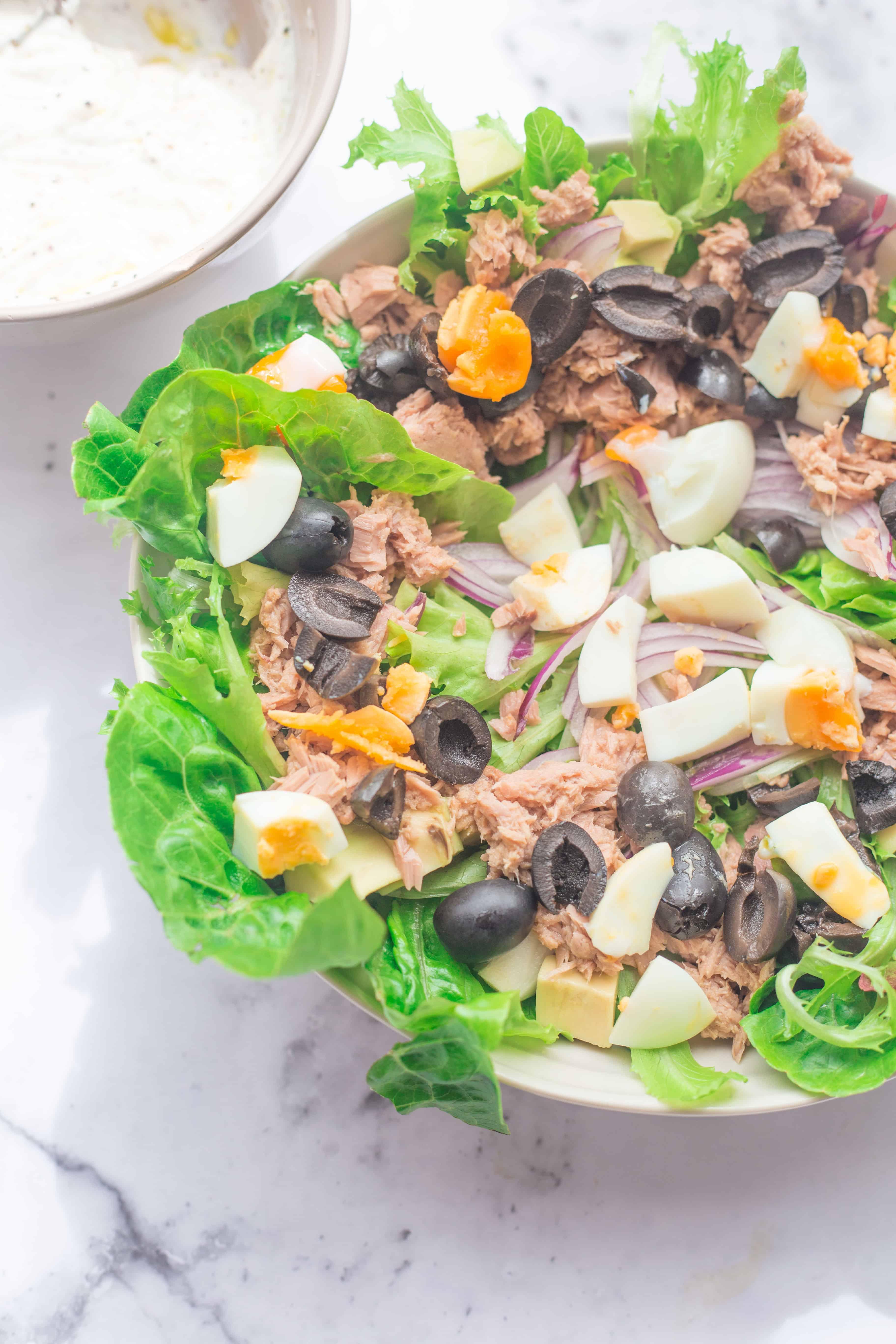 Healthy Tuna Caesar Salad with a Yoghurt dressing