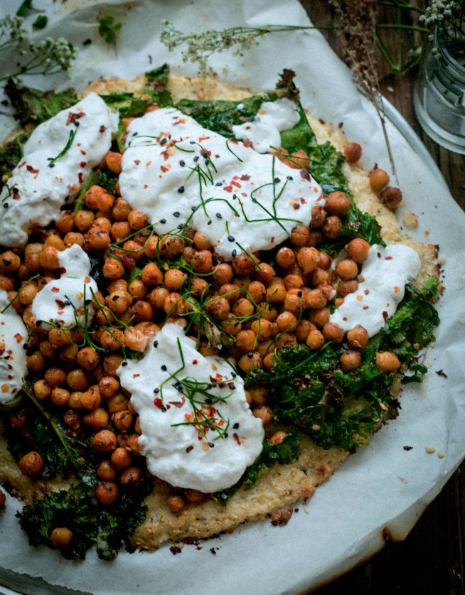 Cauliflower Pizza with Chickpeas and Burrata