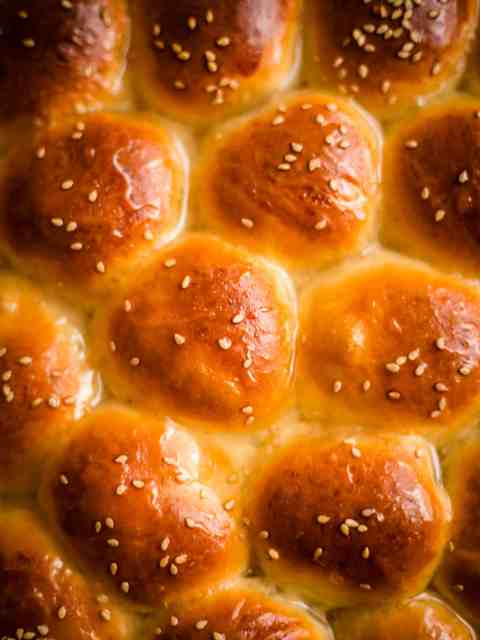 Baked Honey Buns with sesame seeds