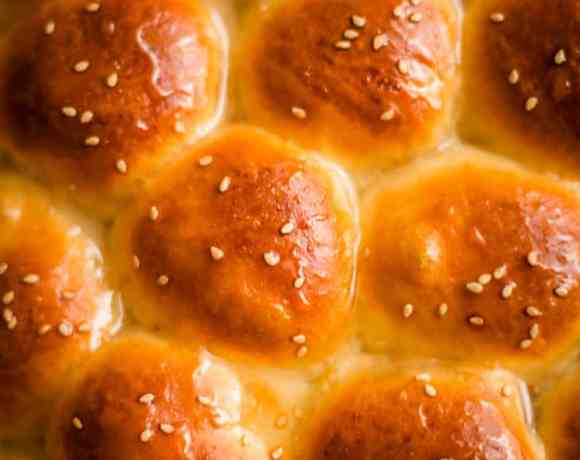 Honey Bread rolls up close all joined together