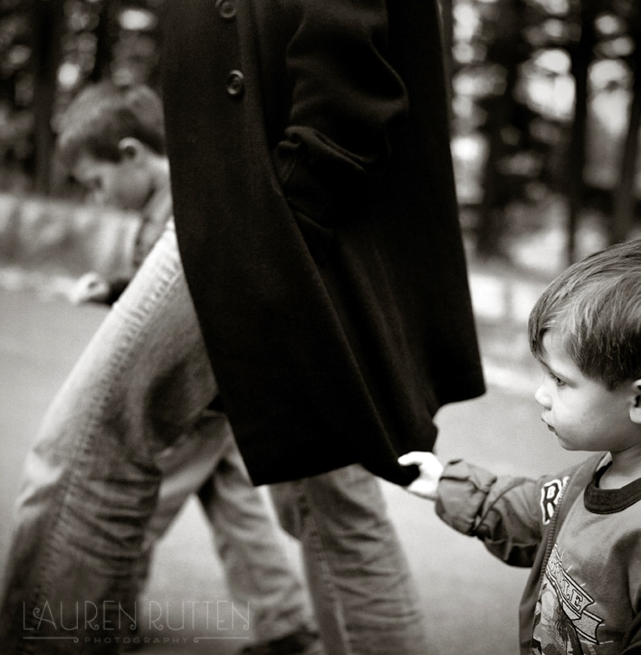 Lauren Rutten Photography - Holding On