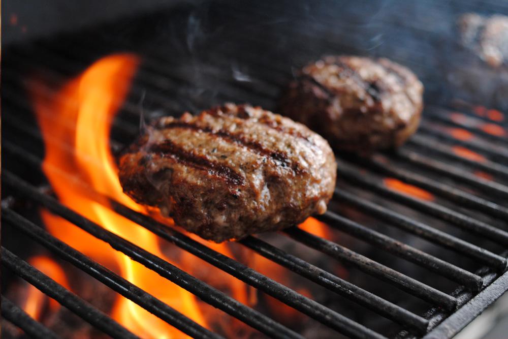 https://i0.wp.com/tiffsburger.com/wp-content/uploads/2013/06/grillingburgers.jpg