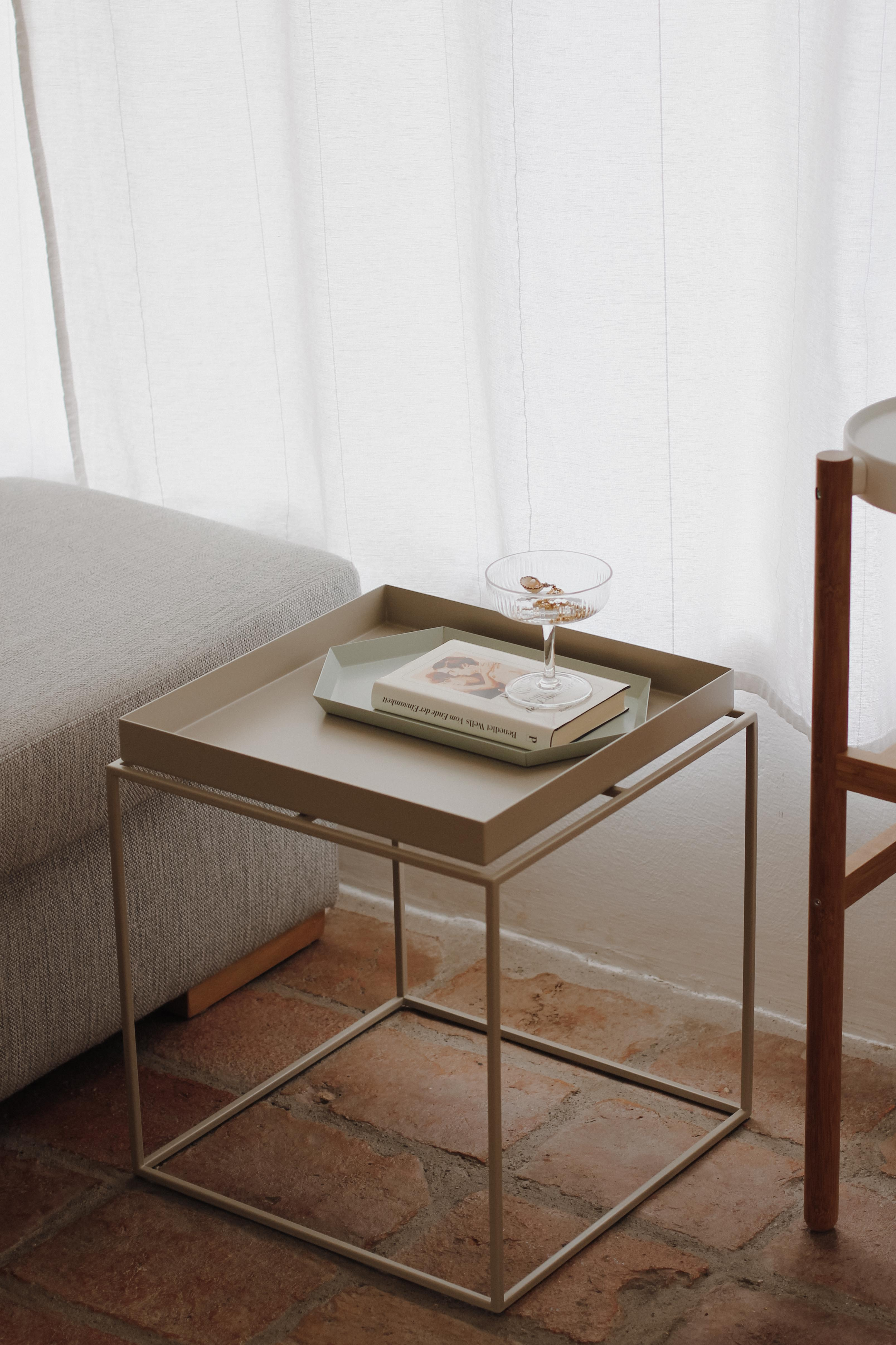 Couchtisch Hay Livingroom-update- Hay-tray-table-flinders-tifmys-4 – Tifmys