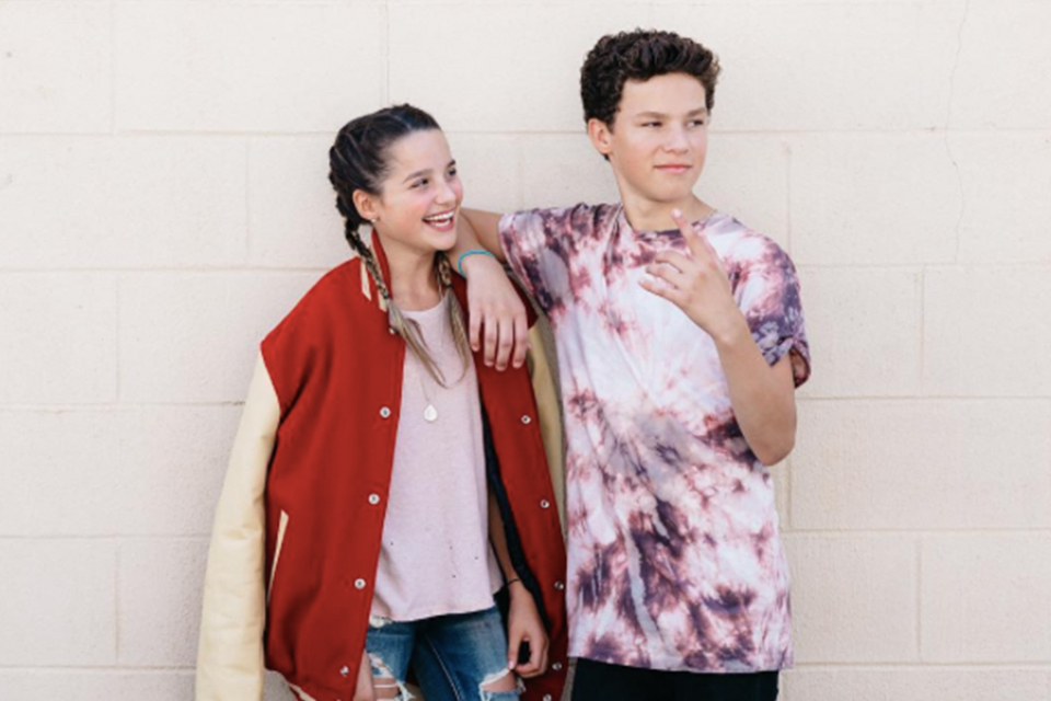 Cute Wallpaper Of Hayden Summerall Hayden Summerall Gives Annie Leblanc A Beauty Makeover