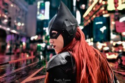 Arkham Knight Batgirl cowl made by Tiger Stone FX and worn by NerdAlert