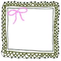 バナー広告・アイコン制作のフリー素材:200pix;ピンクのリボンと草色の大人かわいい手編みレース風飾り枠。ガーリーなwebデザイン素材