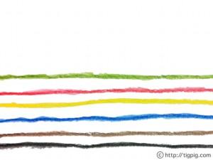 水彩のにじみが大人可愛い虹みたいな色遣いのガーリーなストライプ模様;640×480pix